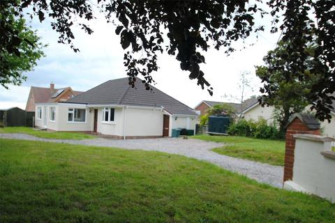 3 bedroom detached bungalow for sale - George Nympton Road, South Molton
