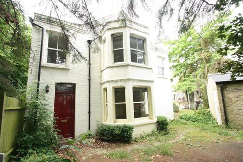 5 bedroom detached house to rent - Carlyle Road, Cambridge