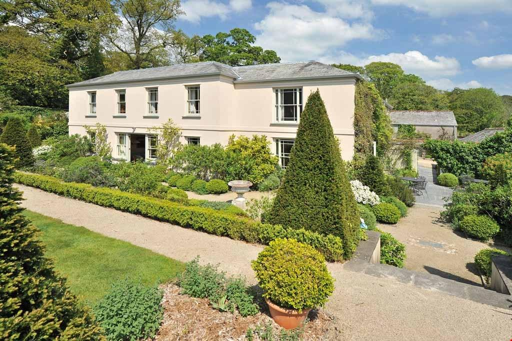 8 Bedrooms Detached House for sale in Lanhydrock, Nr. Lostwithiel, Cornwall, PL30