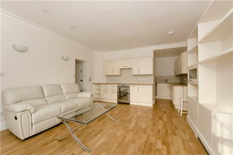 1 bedroom flat - Gloucester Terrace, Bayswater, London