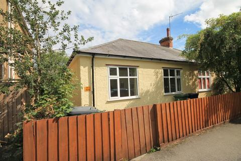 2 bedroom semi-detached bungalow to rent - French's Road, Cambridge