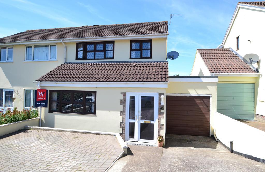 3 Bedrooms Semi Detached House for sale in Parkes Road, Torrington