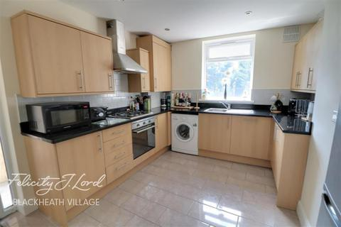 3 bedroom terraced house to rent - Delme Crescent, SE3
