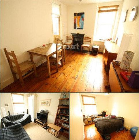 2 bedroom flat to rent - Rushcroft Road, Brixton