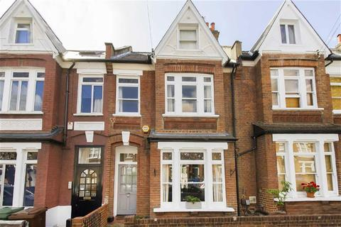 4 bedroom terraced house to rent - Glengarry Road, London