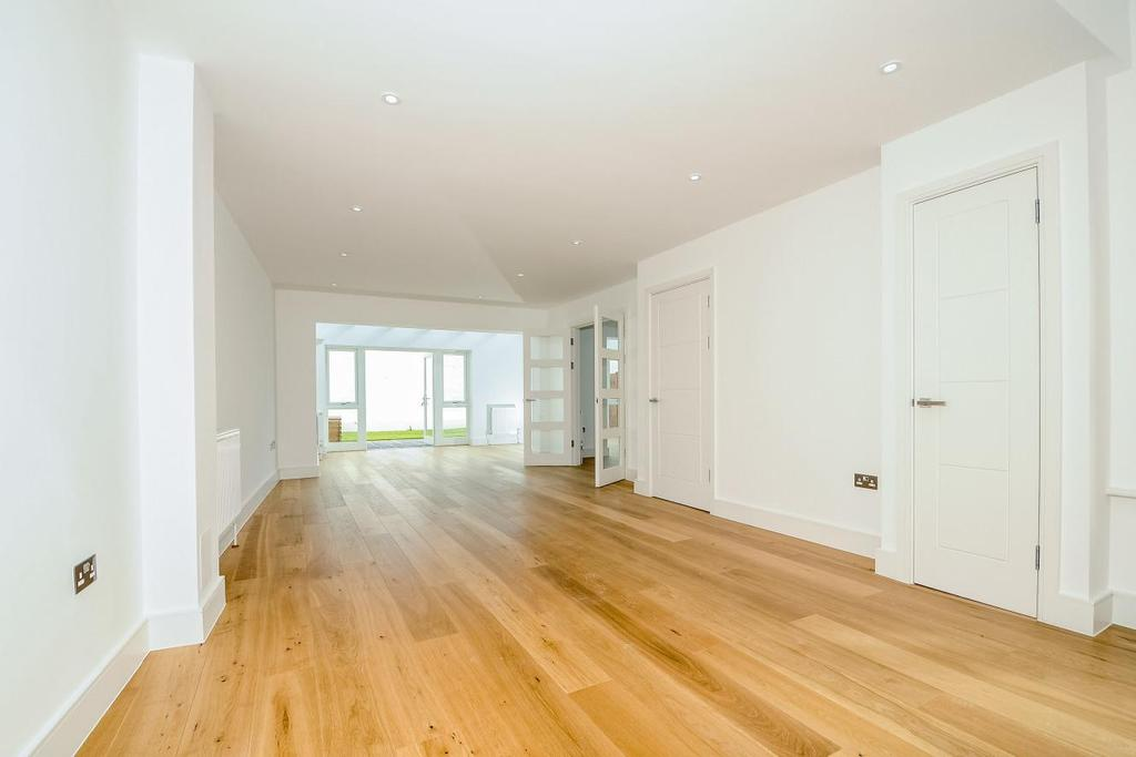 5 Bedrooms Town House for sale in Effra Road, Wimbledon, SW19