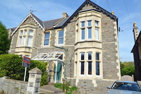 Studio to rent - Central location in Clevedon