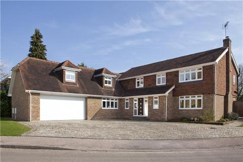 5 bedroom detached house for sale - Farnaby Drive, Sevenoaks, Kent, TN13