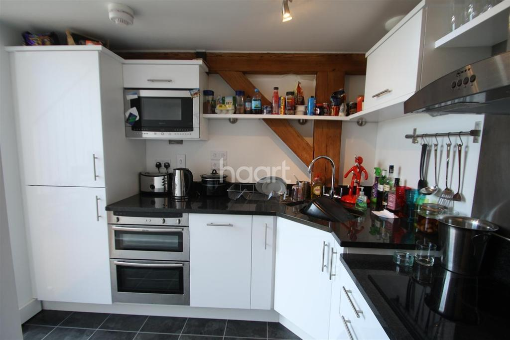 2 Bedrooms Flat for sale in The Malthouse, Canon Street, Taunton