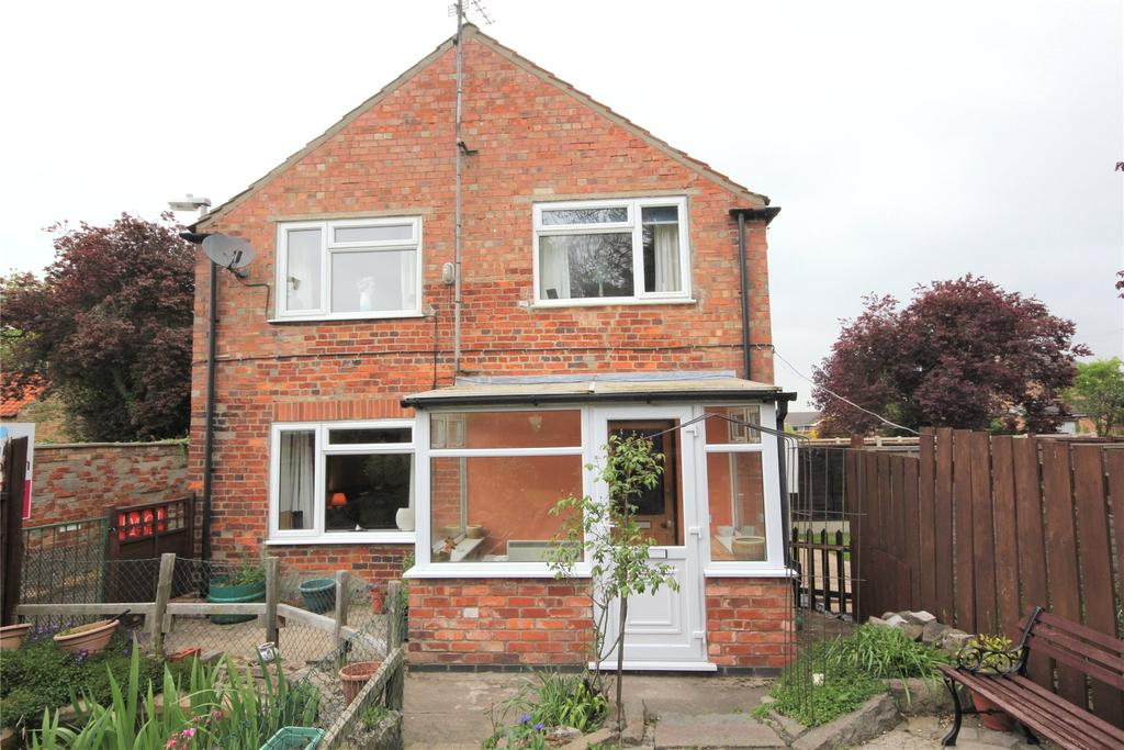 3 Bedrooms Semi Detached House for sale in School Lane, Helpringham, NG34