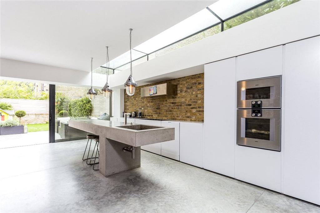 4 Bedrooms Terraced House for sale in Carlisle Road, Queen's Park, London, NW6