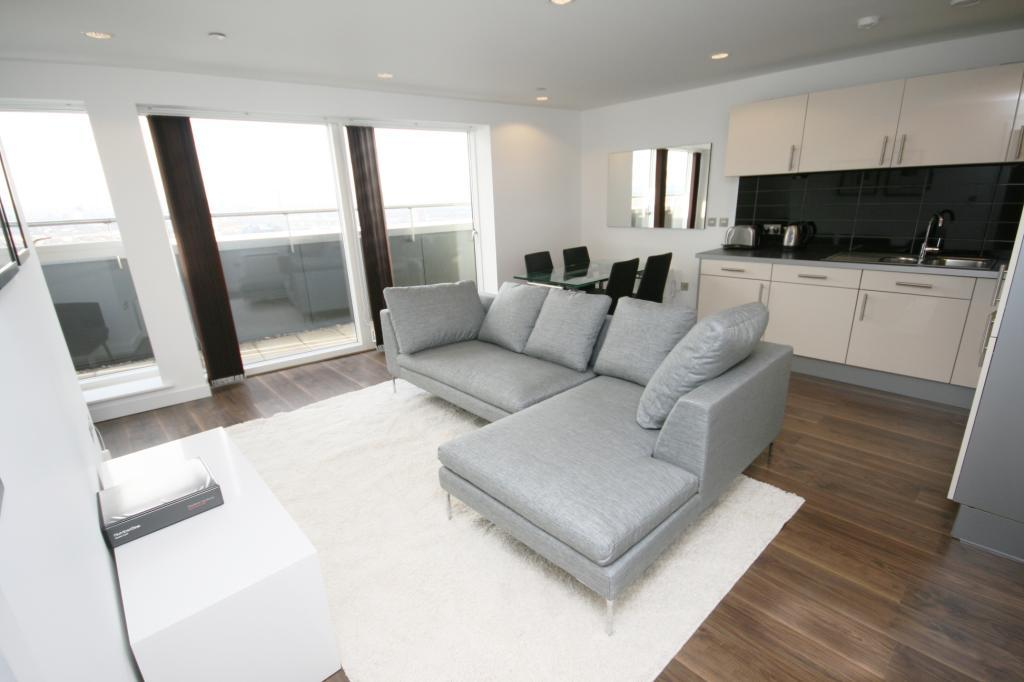 3 Bedrooms Flat for rent in NumberOne, Media City UK, Salford Quays, M50