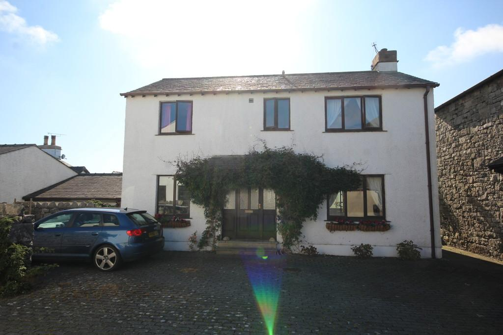 3 Bedrooms Cottage House for sale in 2 Kirkhead Cottages, Kirkhead Road