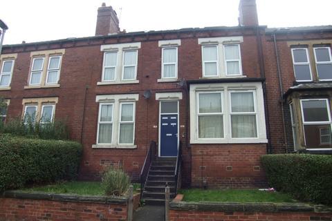 Studio to rent - Flat 3 - Hillcrest Avenue - Potternewton