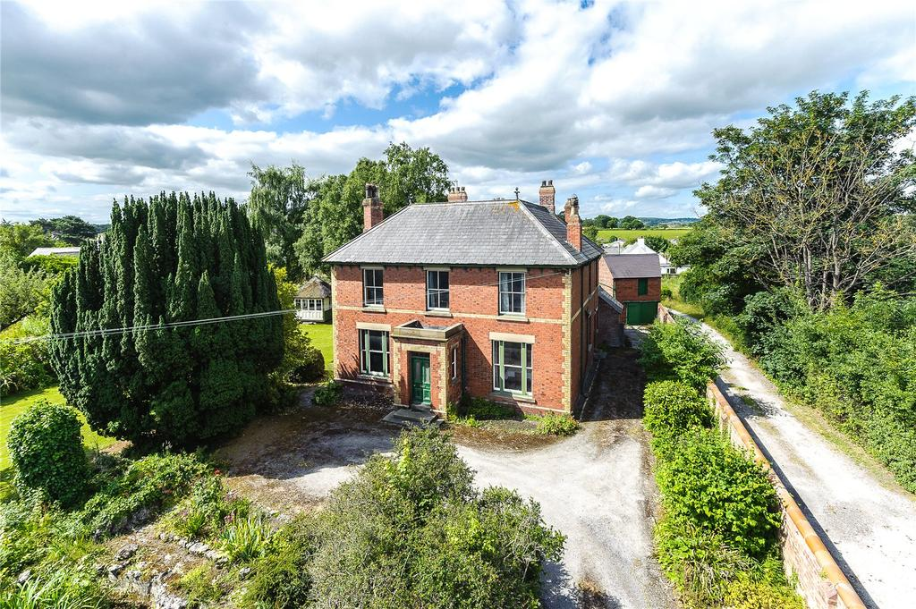 5 Bedrooms Detached House for sale in The Roe, St Asaph, Denbighshire