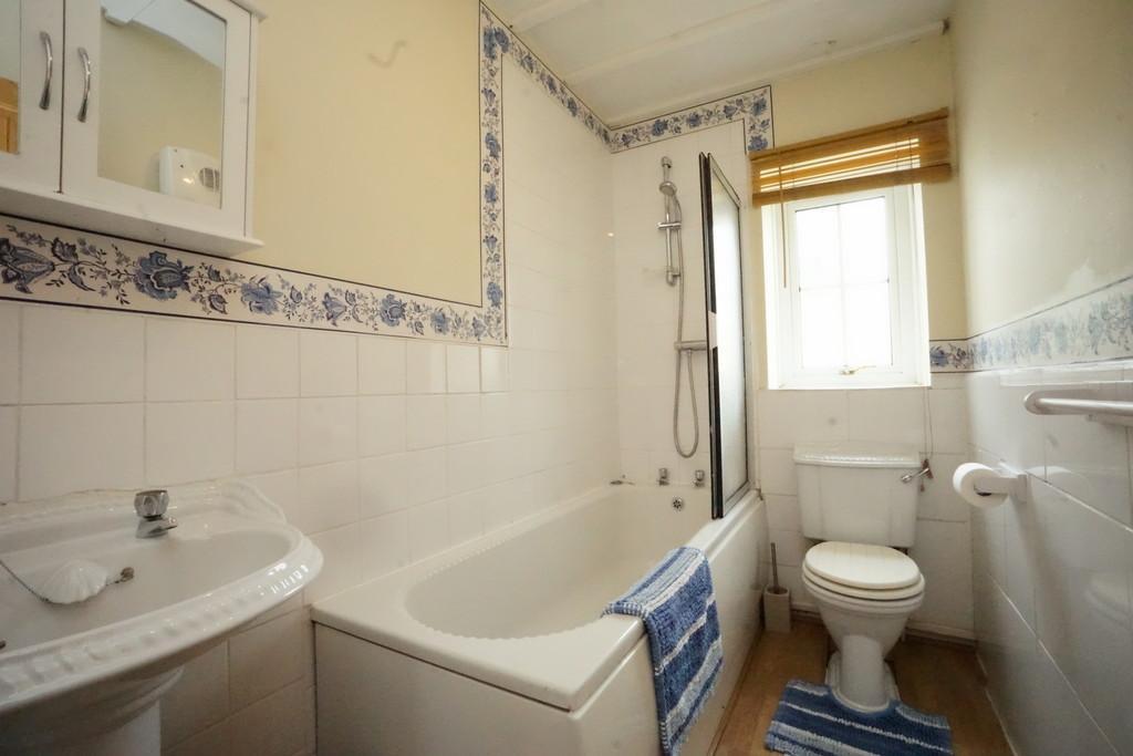 Helperby York YO61 2PS 2 bed cottage 620 pcm 143 pw