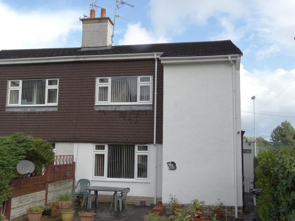 3 Bedrooms Semi Detached House for sale in 75 Greenfield Road, Colwyn Bay, LL29 8ET