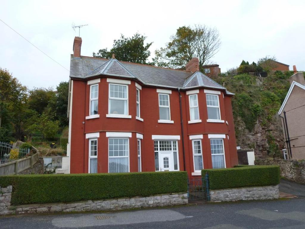 4 Bedrooms Detached House for sale in 462 Abergele Road, Old Colwyn, LL29 9LE