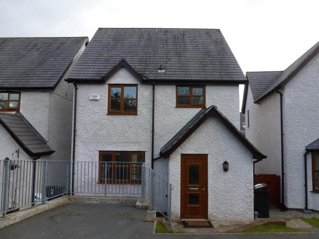 3 Bedrooms Detached House for sale in 3 Y Berllan, Gyffin, LL32 8RT