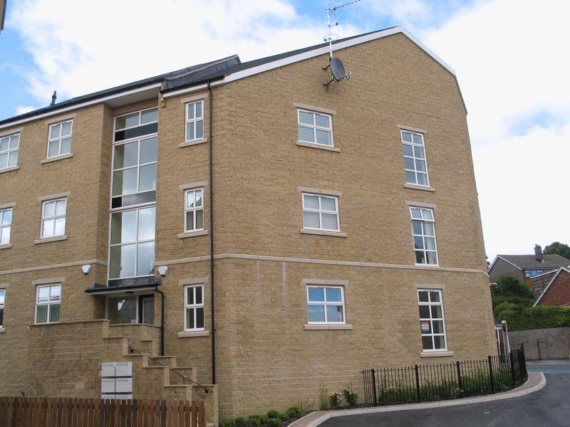 2 Bedrooms Apartment Flat for sale in Briarmains, West Lane, Thornton, BD13 3JB