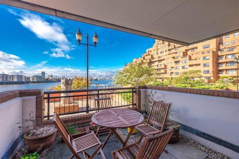 2 bedroom flat to rent - Free Trade Wharf, E1W