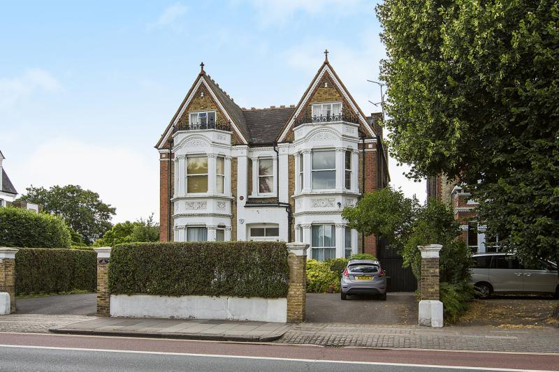 9 Bedrooms House for sale in Castelnau, Barnes, London, SW13