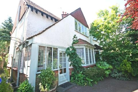3 bedroom semi-detached house to rent - Reynolds Road, Beaconsfield