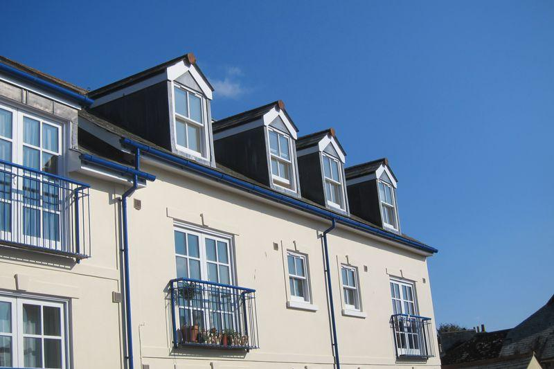 2 Bedrooms Apartment Flat for sale in Liskeard, Cornwall