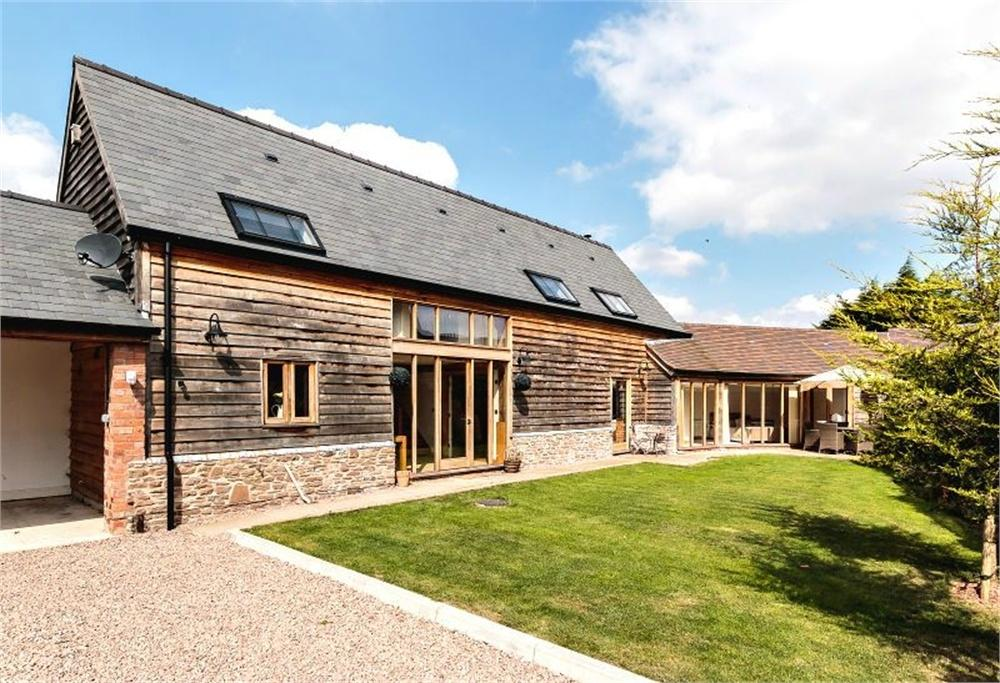 4 Bedrooms Semi Detached House for sale in Newcroft Farm Court, Much Birch, Herefordshire