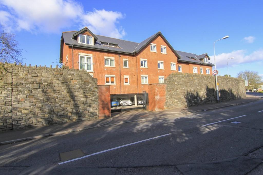 2 Bedrooms Apartment Flat for sale in Woodley Court,Llandaff,Cardiff