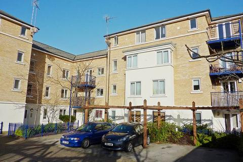 2 bedroom flat to rent - West End Road, High Wycombe