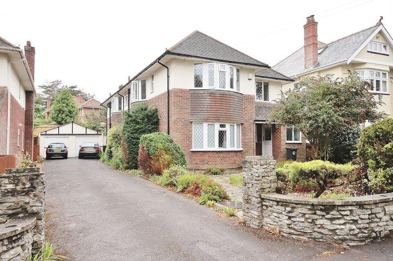 2 Bedrooms Apartment Flat for sale in Wentworth Avenue, Boscombe Manor, Bournemouth