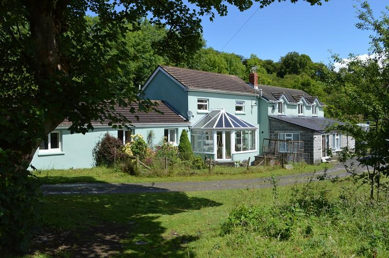 7 Bedrooms Land Commercial for sale in Hafodwen , Llansawel, Llandeilo, Carmarthenshire. SA19