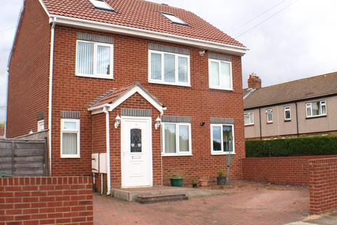 3 bedroom flat to rent - Victory House East View,  Sunderland, SR6