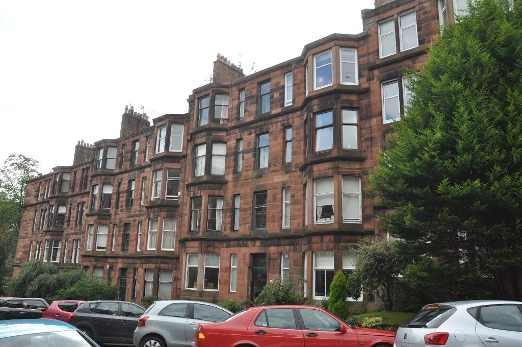 2 Bedrooms Flat for rent in Novar Drive, Flat 3/1, Hyndland , Glasgow, G12 9SY
