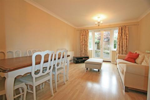 Peachy Search 3 Bed Houses To Rent In Plaistow Bromley Onthemarket Interior Design Ideas Gentotthenellocom