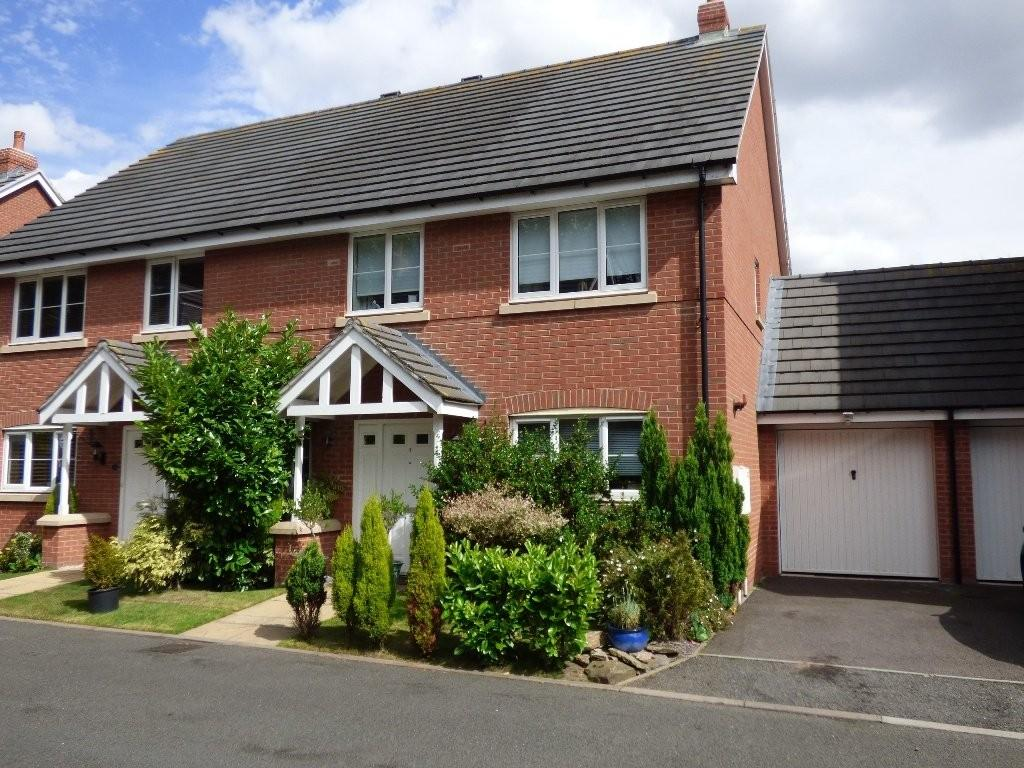 4 Bedrooms Mews House for sale in Church Walk, Chasetown, Burntwood