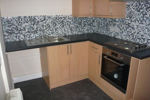 2 bedroom flat to rent - Flat 3, 69 High Street, Newport, Shropshire, TF10 7AU