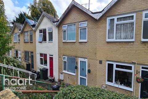 3 bedroom terraced house to rent - Mansfield Walk, ME16