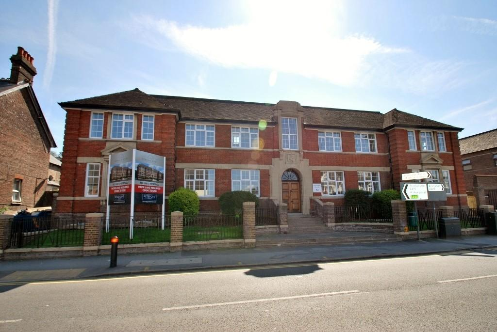 1 Bedroom Flat for rent in Copsham House, Broad Street, Chesham, HP5