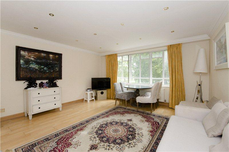 3 Bedrooms Flat for sale in Hyde Park Place, Hyde Park, London
