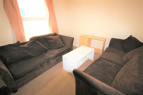 4 bedroom property to rent - Arnold Street, Brighton