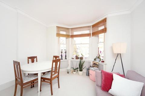 1 bedroom apartment to rent - Munster Road, London, SW6