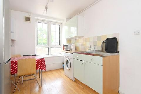 3 bedroom flat to rent - Dunkirk House, Long Lane, London, SE1