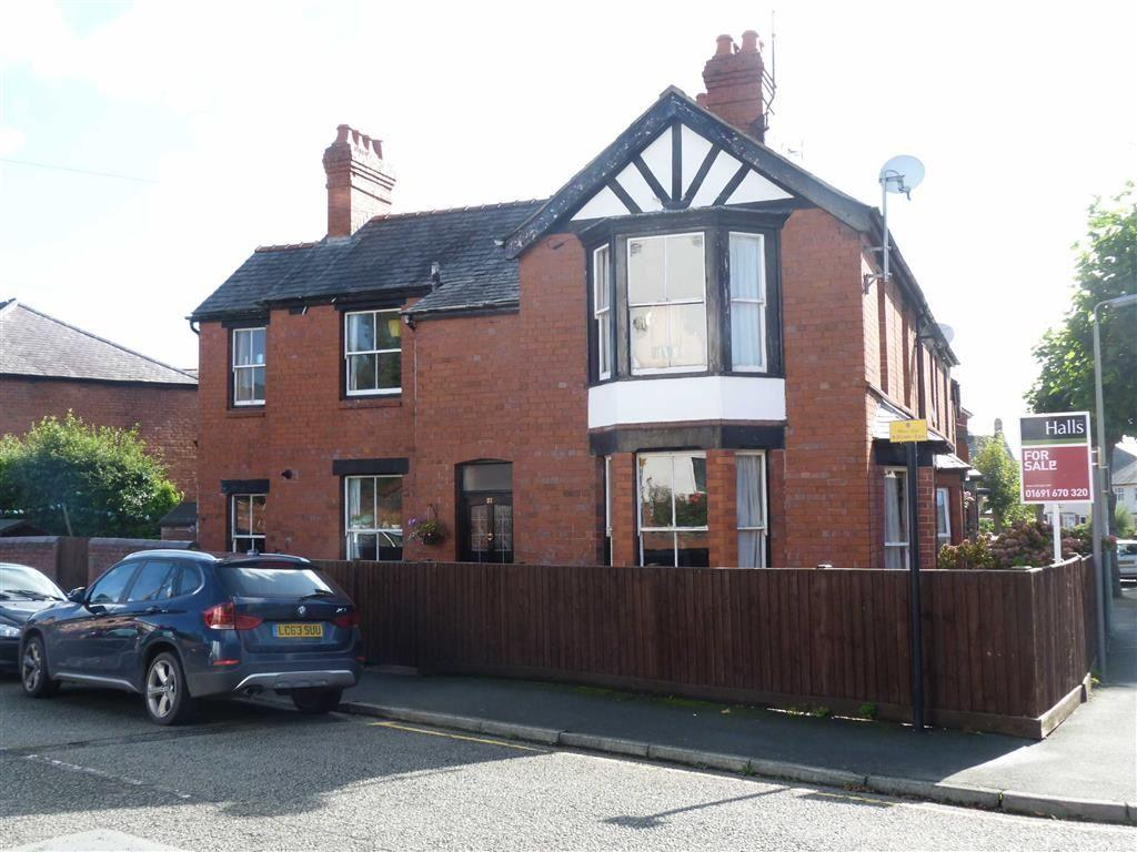 3 Bedrooms Terraced House for sale in Stewart Road, Oswestry, SY11