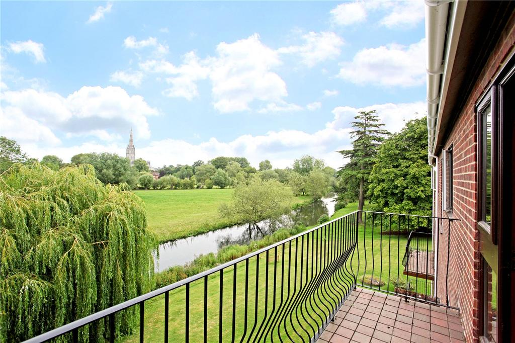 3 Bedrooms Flat for sale in Harnleigh Green, 80 Harnham Road, Salisbury