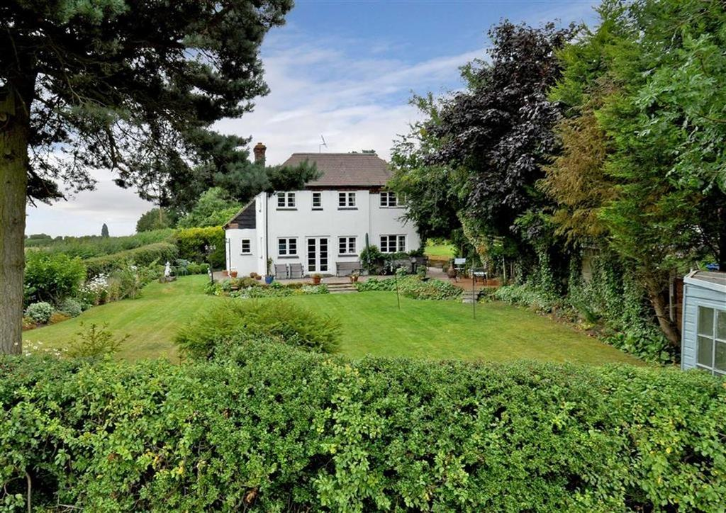 4 Bedrooms Cottage House for sale in Coldham Cottage, Coldham, Brewood, Stafford, South Staffordshire, ST19