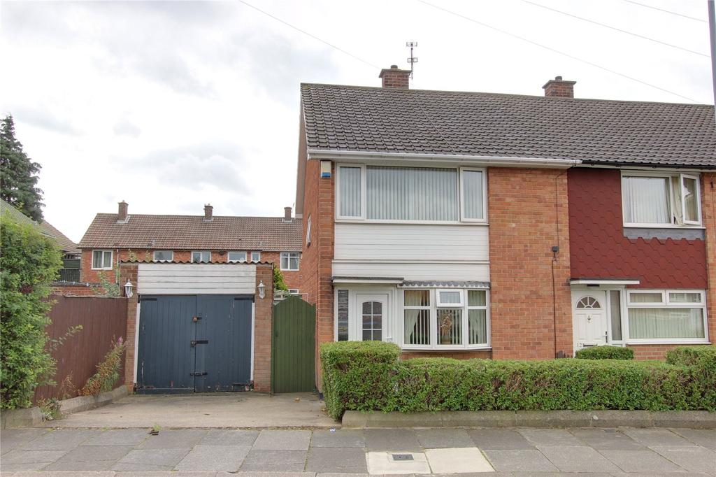 2 Bedrooms Semi Detached House for sale in Deighton Road, Easterside