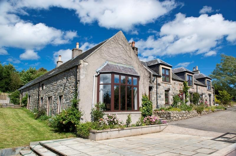 7 Bedrooms Detached House for sale in Bogairdy House, Gartly, Huntly, Aberdeenshire, AB54