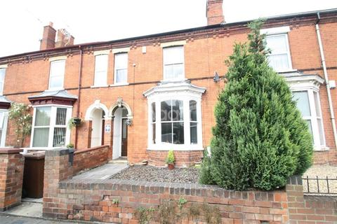 4 bedroom terraced house to rent - West Parade